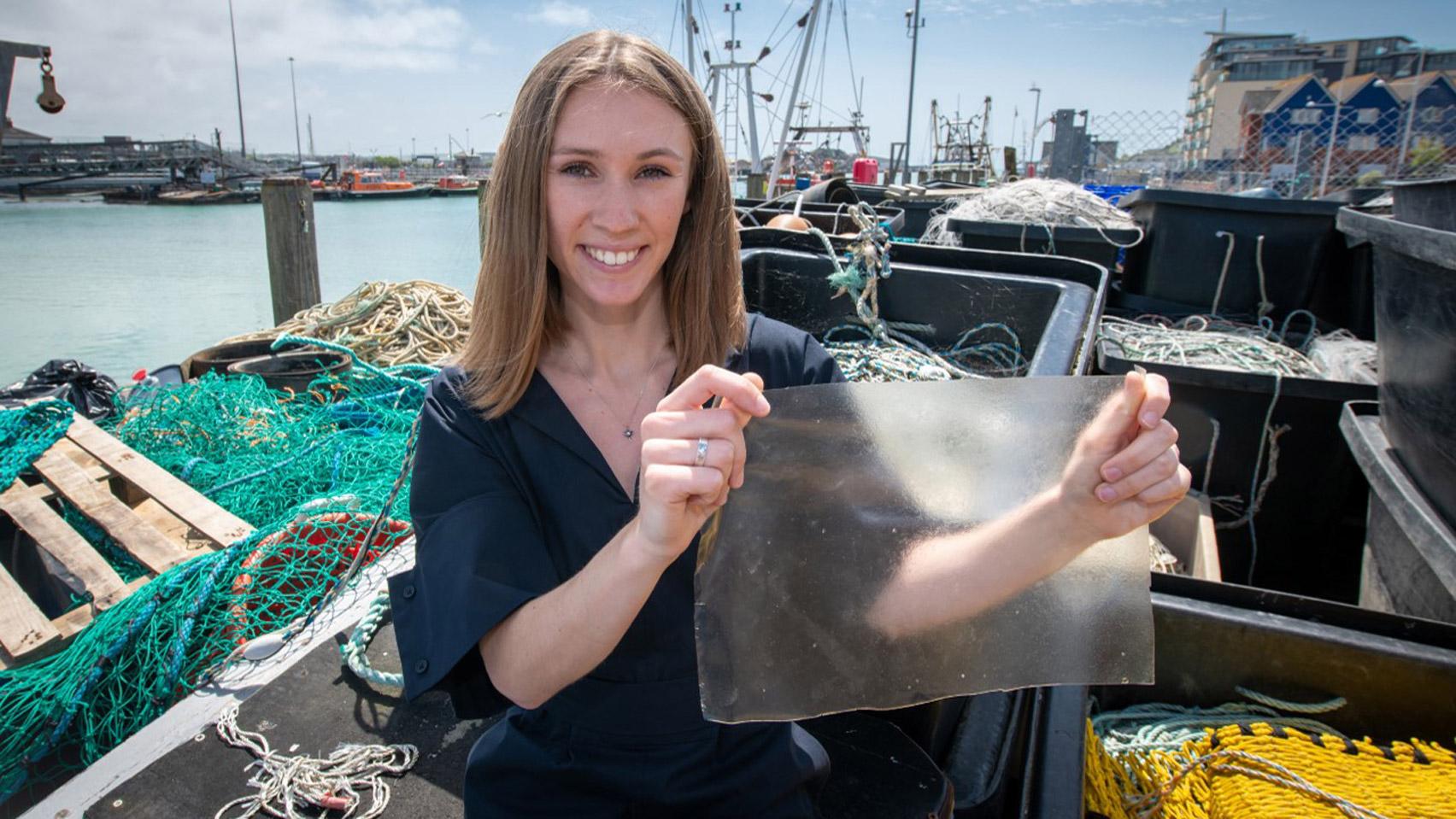 Биопластмаса от рибни люспи?